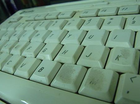 削れゆくキーボード
