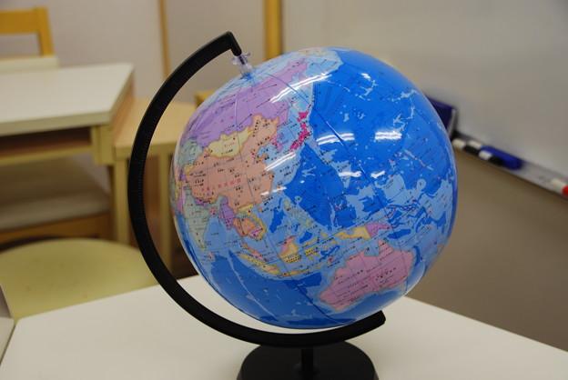 ビーチボール地球儀