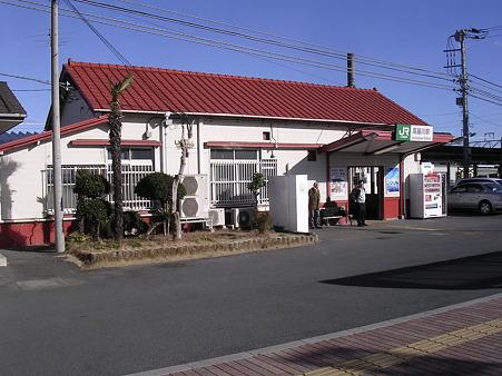 高麗川駅舎