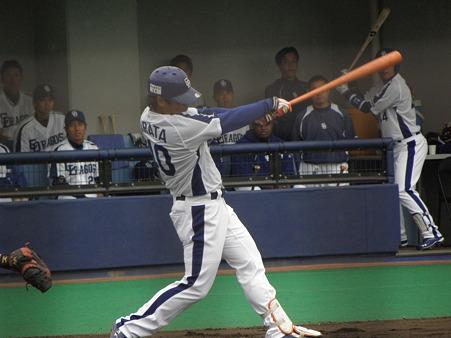 023 平田は2ボールから、ヒット!