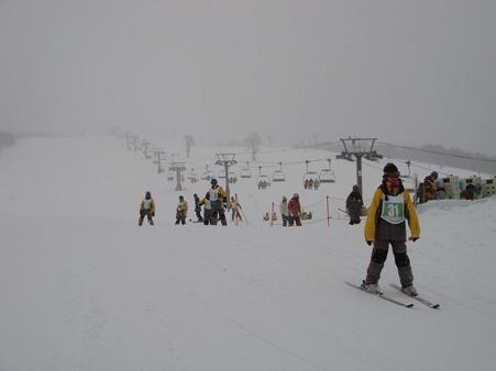 110207 太平中スキー実習 (2)