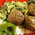 Photos: ファミリーマート 弁当 高菜と獅子頭とピーマン