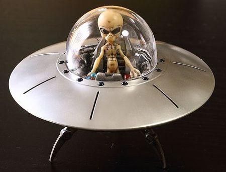 UFO (7)