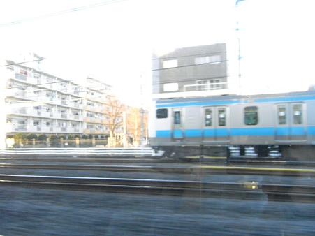 E231系湘南新宿ライングリーン車1Fの車窓33