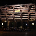 東大寺南大門の夜景