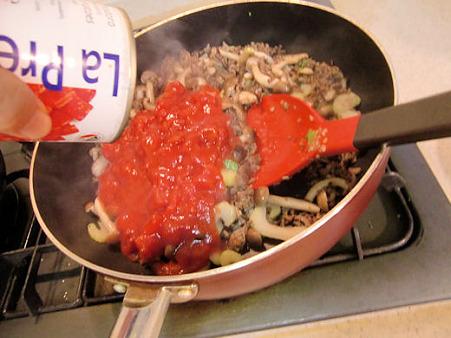 トマト缶2個!
