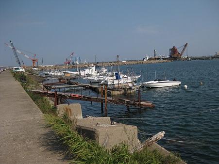 鹿島港横堤脇