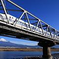 Photos: 富士山と新幹線300系