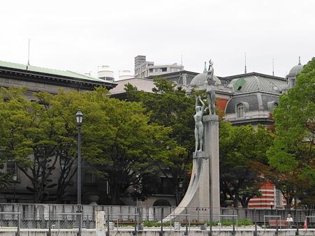 大阪市中央公会堂とビーナス像