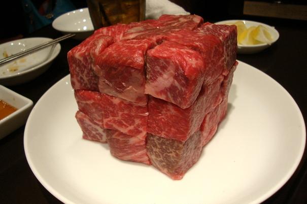 塊肉祭り,ルービックキューブ