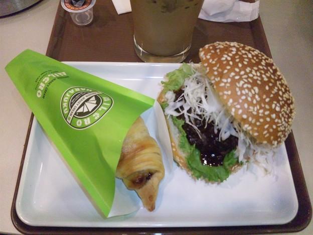 絶品味噌カツバーガー ミルクロセット
