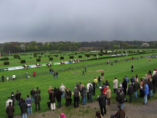 写真: デュッセルドルフ競馬場