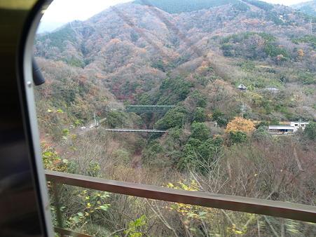 箱根登山電車の車窓(塔ノ沢駅→大平台駅)6