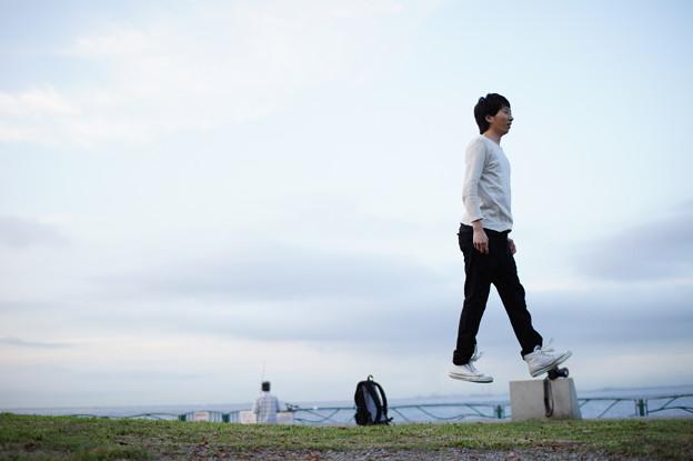 写真: 浮遊歩行1