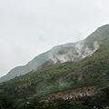 写真: 箱根火山の噴煙地 大湧谷