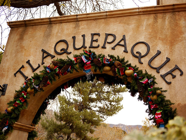 Sedona-Tlaquepaque entrance