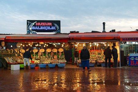 2011.01.28 トルコ イスタンブル 魚市場クムカプ