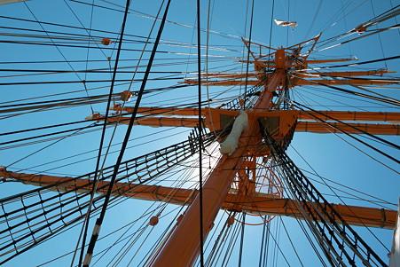 2011.04.05 みなとみらい 帆船日本丸 マスト