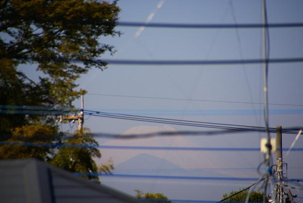 自宅から見える今日の富士山 4月13日(水)午前7時30分@多摩