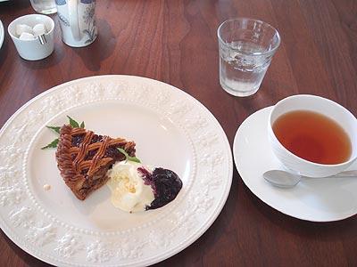 Photos: 贅沢ケーキ