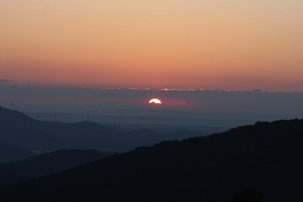 富幕山へ今年☆トミー123回登頂日の出