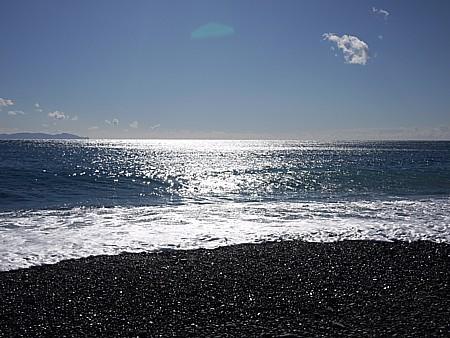 天女が舞い降りる砂浜